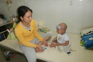 LD15213: Bé gái 2 tuổi bị mắc bệnh hiểm nghèo cần giúp đỡ