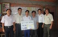 Trao học bổng Tấm lòng vàng - Đại Nam cho học sinh nghèo hiếu học tại Tiền Giang