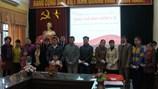 Tặng thẻ bảo hiểm y tế miễn phí tới hộ gia đình khó khăn tỉnh Bắc Ninh