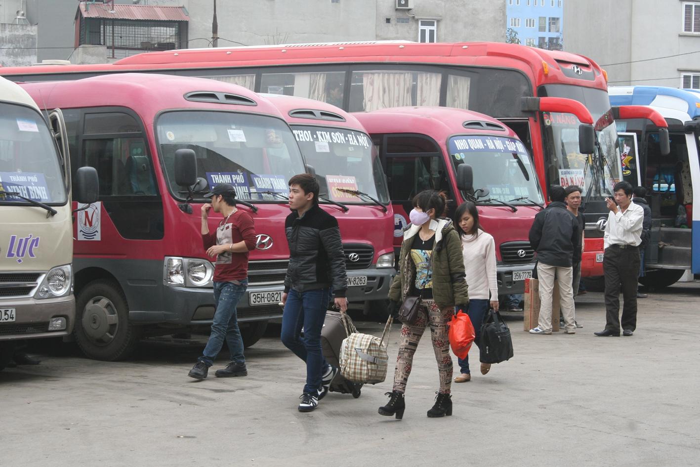 Hà Nội: Tăng chuyến xe khách, tăng toa tàu hỏa phục vụ Tết ảnh 1