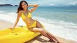 """Nguyễn Thị Loan """"đốt cháy"""" bãi biển với bikini vàng rực rỡ"""