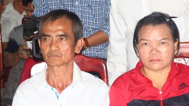 Ông Nén và vợ được xin lỗi công khai.