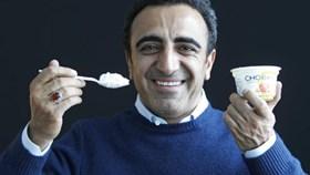 """Hành trình trở thành tỉ phú của """"ông hoàng sữa chua"""" Hamdi Ulukaya"""