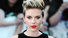 Vì sao Scarlet Johansson trở thành nữ hoàng Hollywood