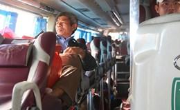 Dây an toàn trên xe khách - bao giờ mới... thắt?