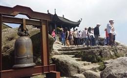 Thu phí tham quan Yên Tử, Quảng Ninh: Chia sẻ gánh nặng ngân sách