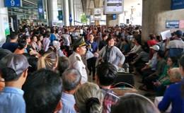 Người dân cần hạn chế đưa đón người thân để giảm kẹt xe khu vực sân bay Tân Sơn Nhất