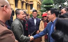 """Tranh Việt Nam trở thành """"đại sứ"""" ngoại giao văn hóa"""