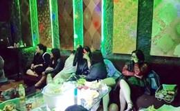 """Hải Phòng: Hàng chục dân chơi sử dụng ma tuý """"bay lắc"""" trong quán karaoke"""