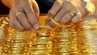 """Giá vàng ngày 20.2: Vàng """"lấp ló"""" tăng nhẹ phiên đầu tuần giao dịch"""