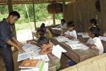 Khai giảng năm học mới: Hàng vạn học trò nghèo kêu cứu vì hết trợ cấp