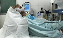 Ông lão 40 năm ngủ ngồi vì khối polyp mũi khổng lồ