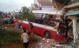 Nguyên nhân xe Thành Bưởi mất lái tông nhà dân khiến 2 người thiệt mạng