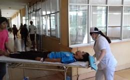 Vụ tai nạn 3 người chết, 18 học sinh nhập viện: Tài xế dùng điện thoại lúc lưu thông?