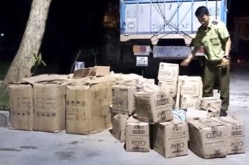 Quảng Bình: Bắt vụ vận chuyển 25.900 gói dầu gội Clear giả