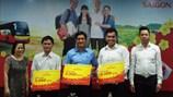 Bia Sài Gòn chi 12 tỉ đồng hỗ trợ vé xe cho 10.000 công nhân về quê ăn Tết
