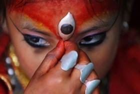 """Kỳ lạ nhà của """"nữ thần sống"""" Kumari bình an vô sự trong động đất Nepal"""
