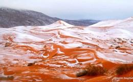 Tuyết rơi lần đầu tiên trên sa mạc Sahara sau 37 năm