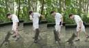 Con khỉ hỗn hào tụt quần cướp chuối khiến du khách ngượng chín mặt
