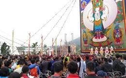Khai mở bức tranh thêu Phật Quan âm kỷ lục lớn nhất Việt Nam