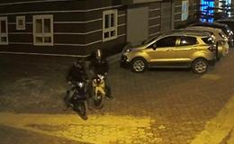 2 tên trộm liều lĩnh đột nhập chung cư