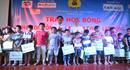 Trao học bổng cho học sinh vượt khó và tặng quà gia đình chính sách