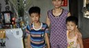 LD1686: Bố mẹ bị ung thư, hai con nhỏ đứng trước nguy cơ thất học