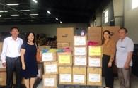 TCty CP Dệt May Hà Nội tặng quần áo cho các hoàn cảnh khó khăn