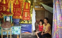 LD16105: Chồng chết, vợ bệnh tật nuôi 3 con thơ