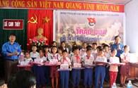 Tuổi trẻ Đại học Thái Nguyên sẻ chia với đồng bào miền Trung bị lũ lụt