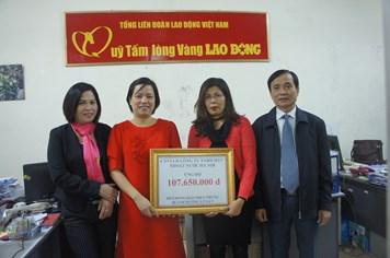 Cty TNHH MTV Thoát nước Hà Nội sẻ chia khó khăn với đồng bào vùng lũ
