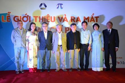 Nhiều nhà toán học nổi tiếng tham gia Ban biên tập tạp chí PI