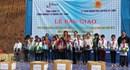 Hơn 300 suất quà đến với học sinh Kỳ Sơn, Nghệ An