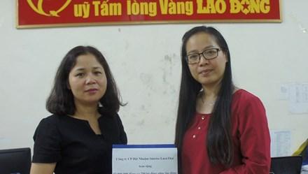 Cty CP dệt nhuộm Sunrise LuenThai ủng hộ đồng bào vùng lũ