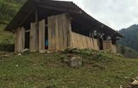 Góp tiền, gạch xây trường cho học sinh vùng cao Bản Bung