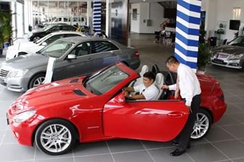 Giá ôtô ở Việt Nam có nguy cơ tăng sau chiều 27.5?