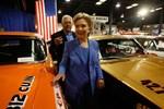 Khi các ứng viên Tổng thống Mỹ đọ sức... bằng xe hơi