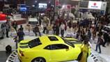 Ôtô nội, ngoại chạy đua tổ chức triển lãm xe