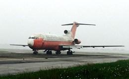 Đấu giá máy bay bị bỏ quên 10 năm ở Nội Bài theo cân... sắt vụn?