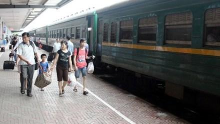Đường sắt đồng loạt tăng chuyến dịp 30.4