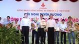 Công đoàn TCty Thuốc lá Việt Nam tôn vinh 71 lao động giỏi