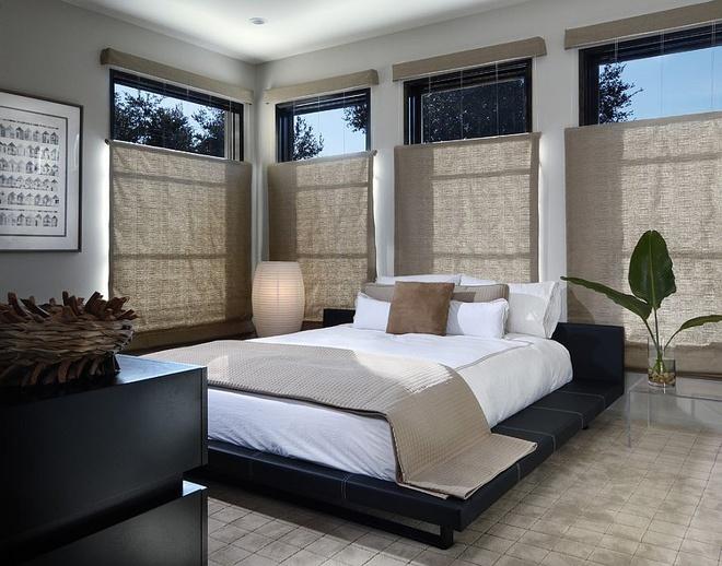Không nên thiết kế quá nhiều cửa sổ kính trong phòng ngủ - ảnh 1