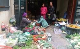 Mùng 4 Tết: Giá rau xanh tại chợ vẫn đắt, nhiều siêu thị hoạt động trở lại