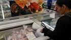 Thịt ngoại giá rẻ bày bán tràn lan trong siêu thị