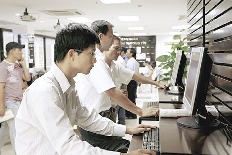 """Ưu đãi thuế cho doanh nghiệp CNTT: Không để doanh nghiệp """"ăn cơm Việt, đóng thuế cho nước ngoài""""!"""
