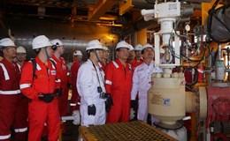Lãnh đạo PVN làm việc tại các công trình dầu khí
