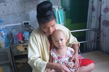 UT15: Xin hãy giúp đỡ cháu bé dân tộc Thái bị ung thư não