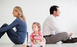 Ly hôn,  bố hay mẹ được ưu tiên nuôi con?