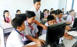 Có phụ cấp bảo trì phòng máy cho giáo viên tin học?