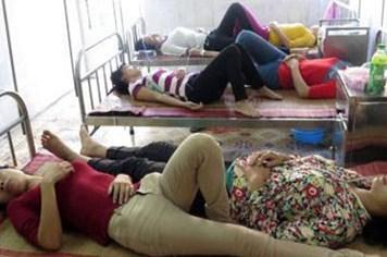 Ngày 20.11, sẽ có kết quả kiểm nghiệm dòi từ giò trong cơm của công nhân ở Nam Định